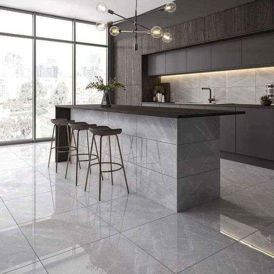 Venosa Light Grey 600x600