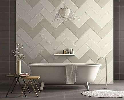 Colonial bathroom wall tile